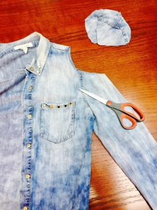 DIY cold should denim shirt with scissors and cut-outs